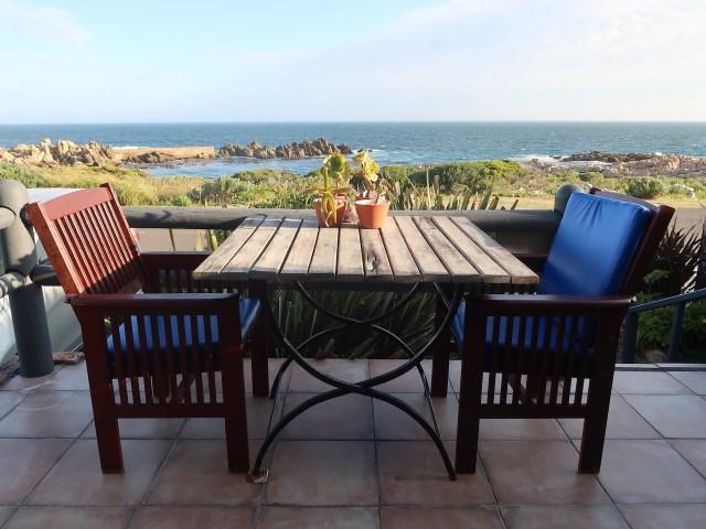 LA MER Self catering Accommodation Kleinmond mit Blick aufs Meer
