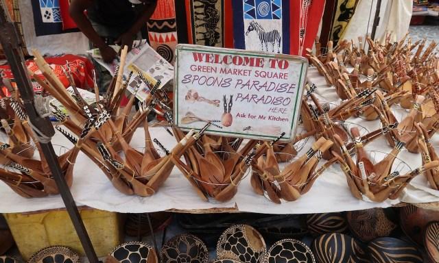 Afrikanische Spoons im Green Market Square