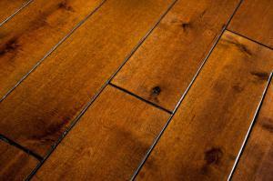 wood floor vs. laminate floor
