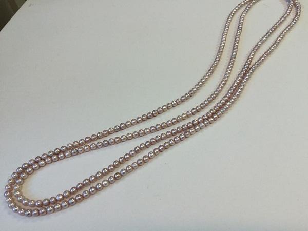 【カスタマイズ例】飛びぬけて美しいテリを持つ湖水真珠でネックレス&ブレスレット。