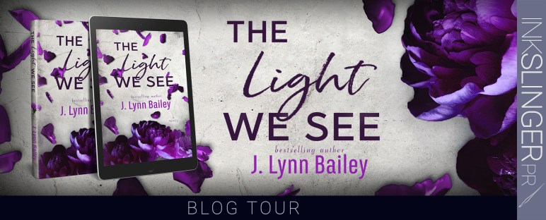 THELIGHTWESEE_BlogTour