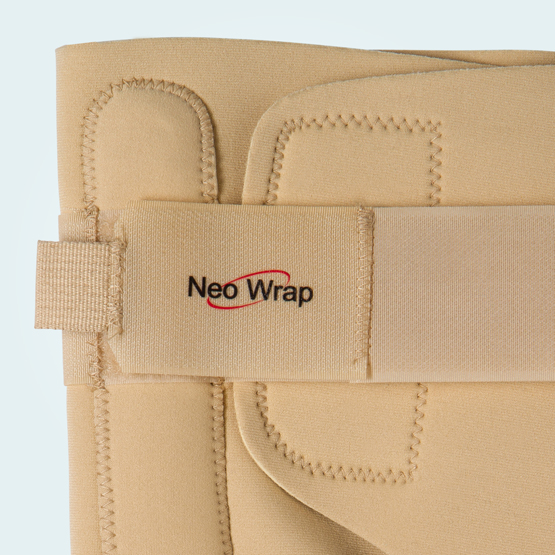 Fully adjustable front and rear straps.