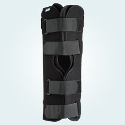 The front of the Tri Panel Knee splint.
