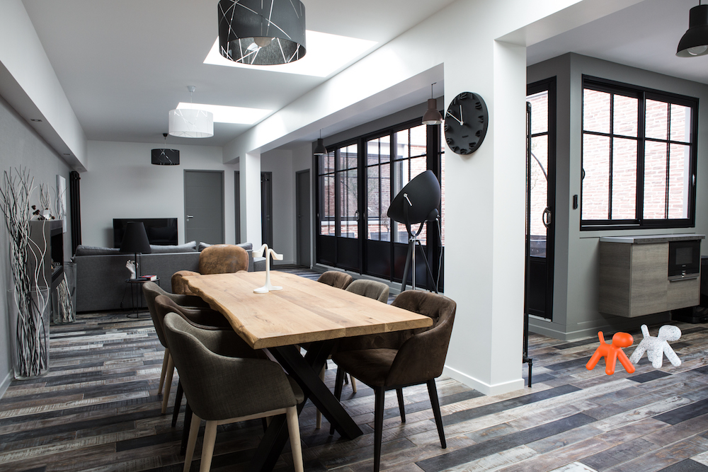 https://i2.wp.com/benedictemaniere.com/wp-content/uploads/2016/01/Appartement-design-resideco-interieur-benedicte-maniere.jpg?fit=1000%2C667