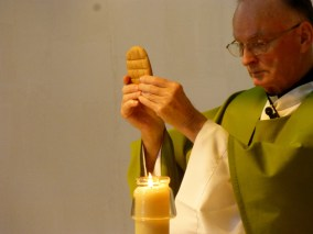 Fr. Daniel Maloney, chaplain at Annunciation Monastery, celebrates Mass with the Sisters