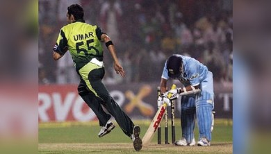 সচিনকে ৯৭ রানে বোল্ড করেছিলেন! পাকিস্তানের সেই নামকরা পেসারের কেরিয়ার শেষ
