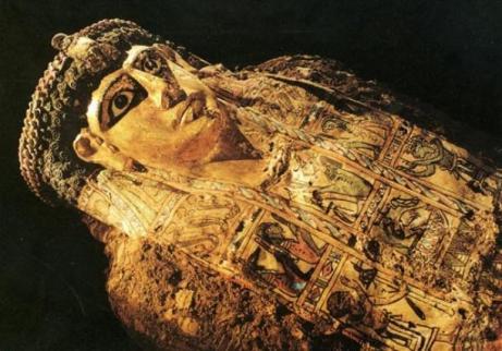 golden-mummy