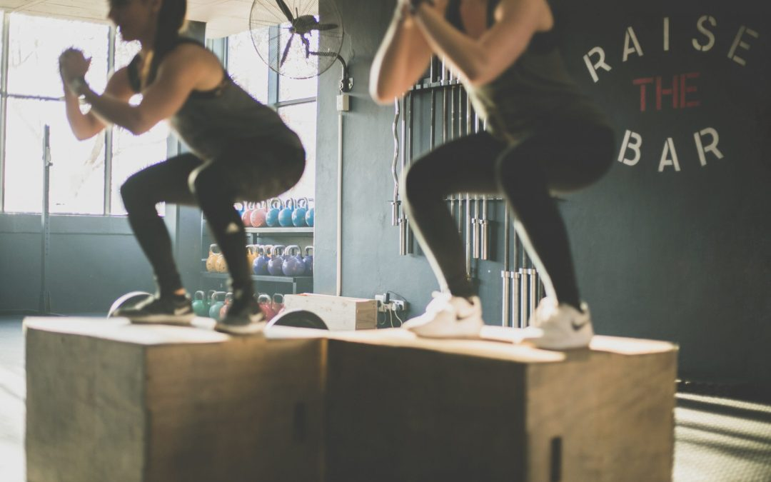 Is CrossFit Healthy? FAQ About CrossFit