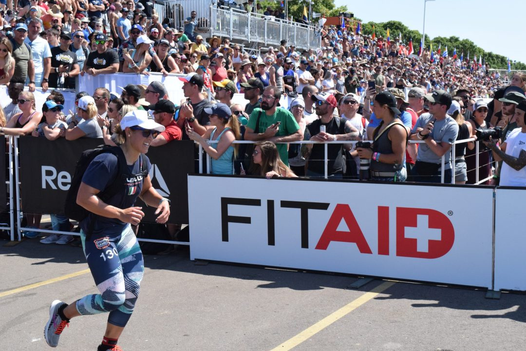 Alessandra Pichelli completes the Ruck Run event at the 2019 CrossFit Games