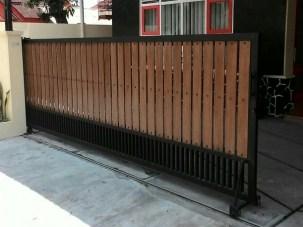 pintu pagar besi kayu terbaru