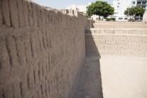 Close up of adobe walls at Huaca Pucllana