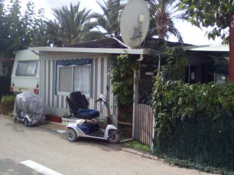 Preowned touring caravan for sale on Camping Benisol Campsite in Benidorm