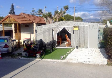 Holiday home for sale on Camping Arena Blanca Campsite in Benidorm