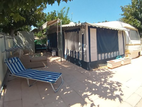 Touring caravanand awning for sale on Camping Villamar Campsite in Benidorm