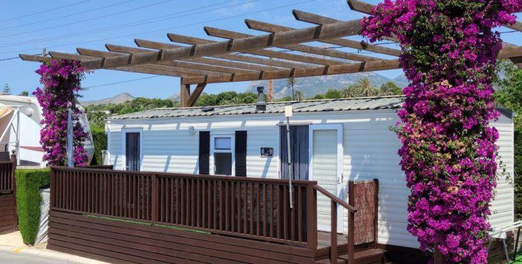 Bungalow for rent on Camping Almafra Campsite in Benidorm