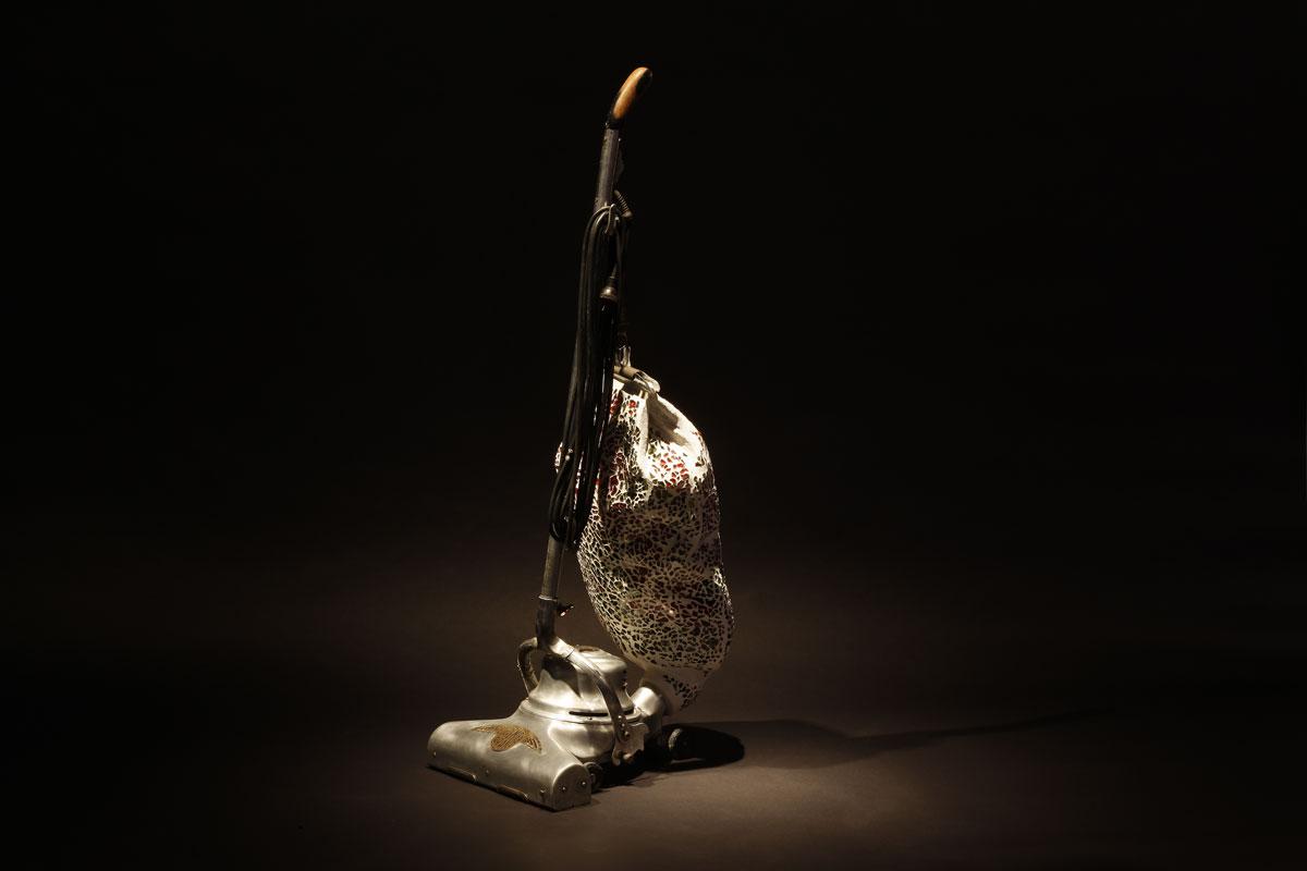 Mo Ringey - Vacuum