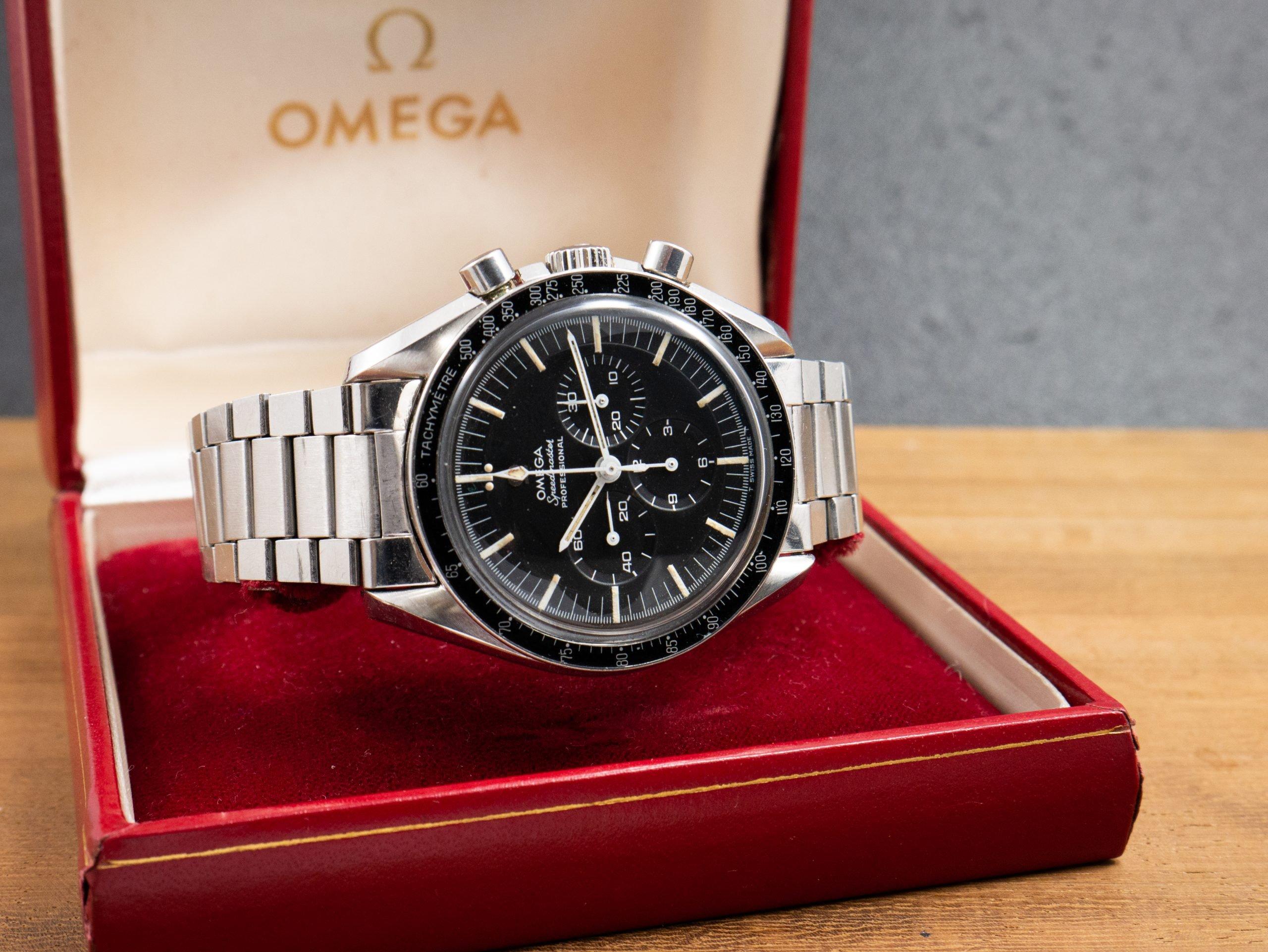 Product Photo Omega Speedmaster Pre Moon 145012-68