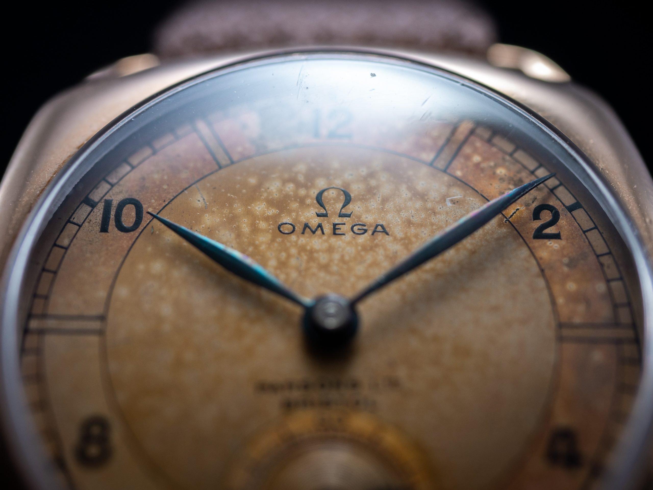 vintage Omega Sector Dial 'Parsons LTD Bristol' Signing Cushion Case cal. 26.5 pre war