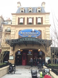 First ride of the day: Ratatouille! I just have to say... this ride was AMAZING!