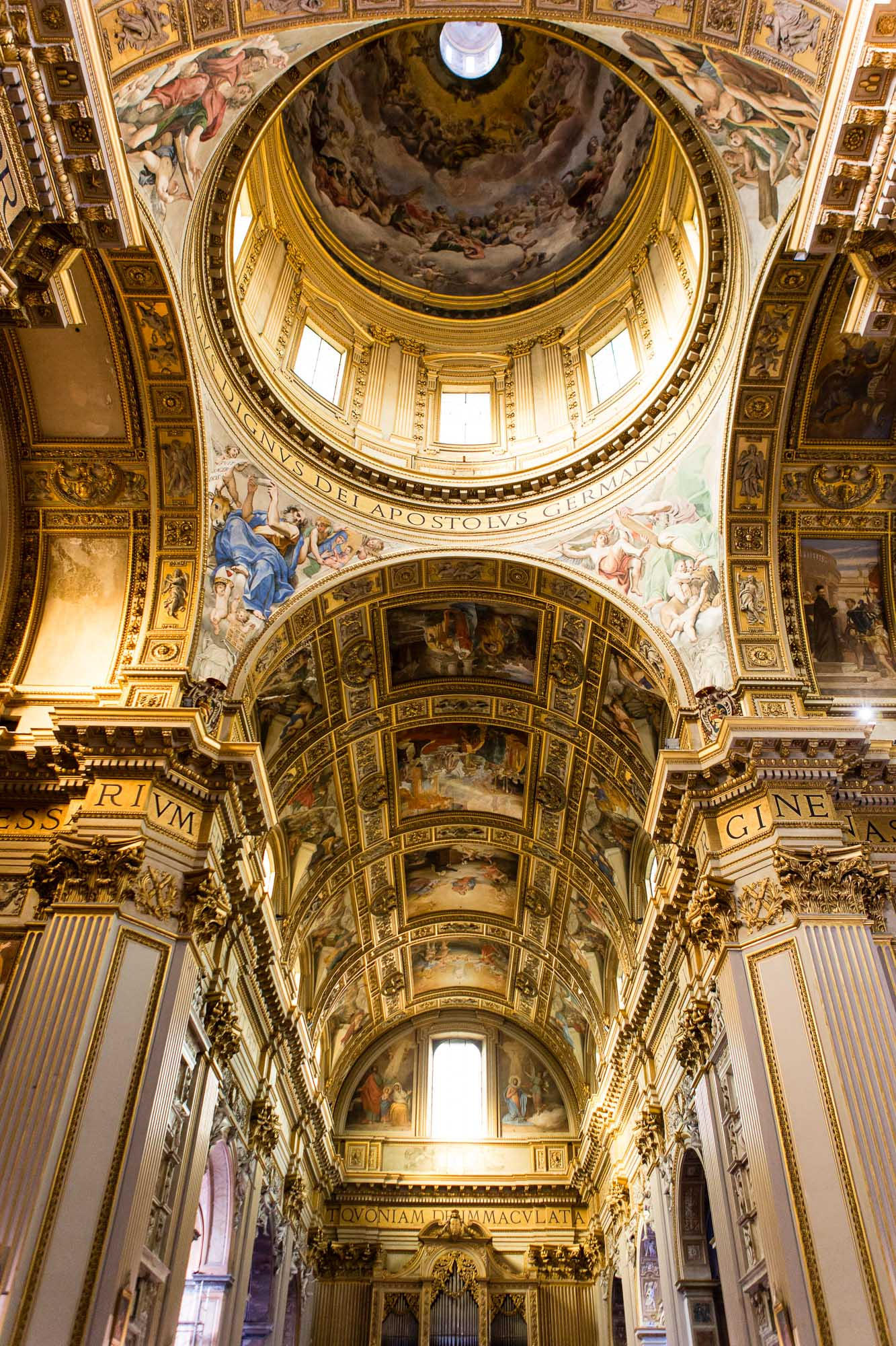 Church Interior, taken by Ben Lee, a derbyshire based photographer on his trip to Rome.
