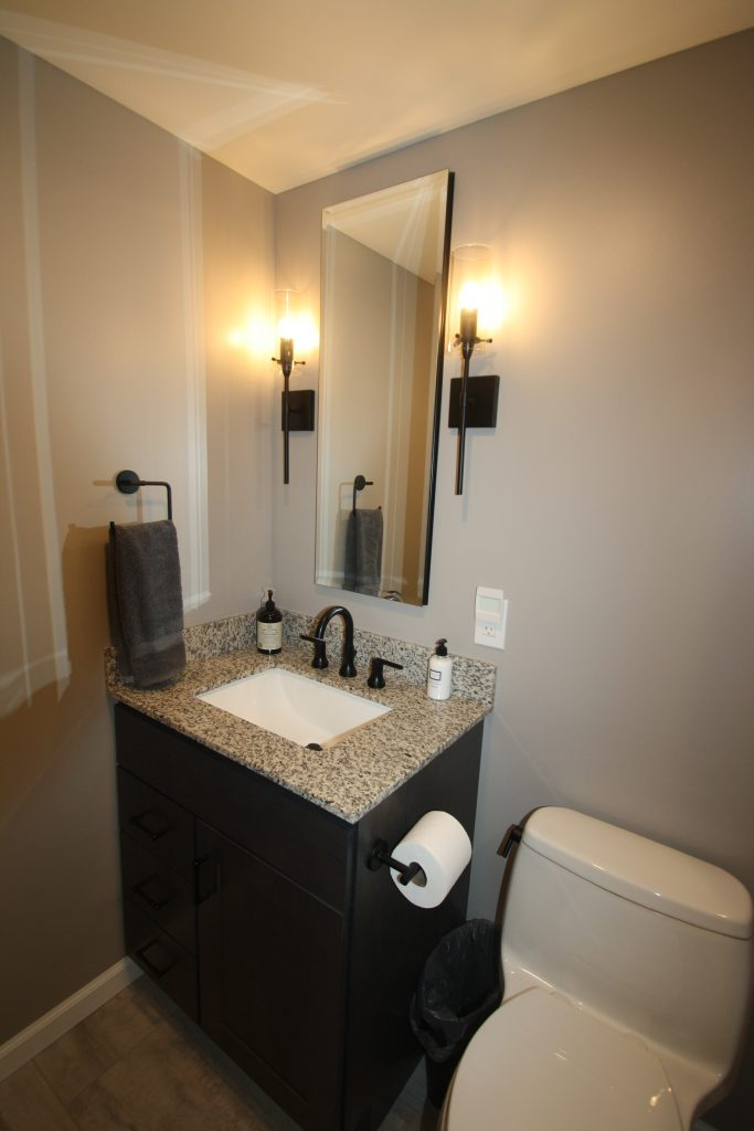 small bathroom remodeling tips in new