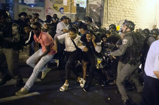 """Baltimore Is Here"": Ethiopian Israelis Protest Police Brutality in Jerusalem"