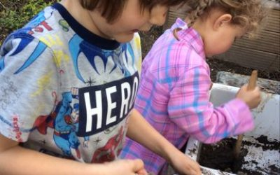 Mud kitchen fun in the sun!