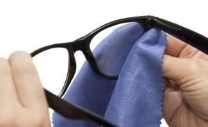花粉症でメガネとマスクをつけても曇らない最強の方法は わかりそう