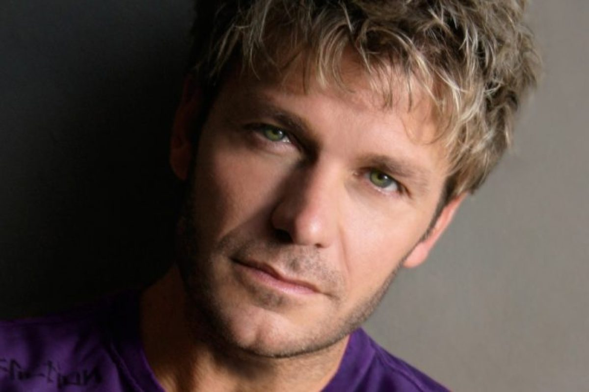 Vic Mignogna sues Funimation and others