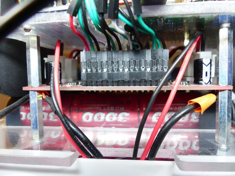 PiRobot - Vue de côté / Batterie puissance