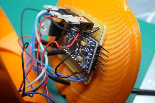 L'Arduino au dos de la citrouille !
