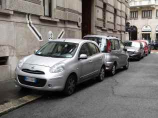 Ciclisti arroganti automobili Milano 8