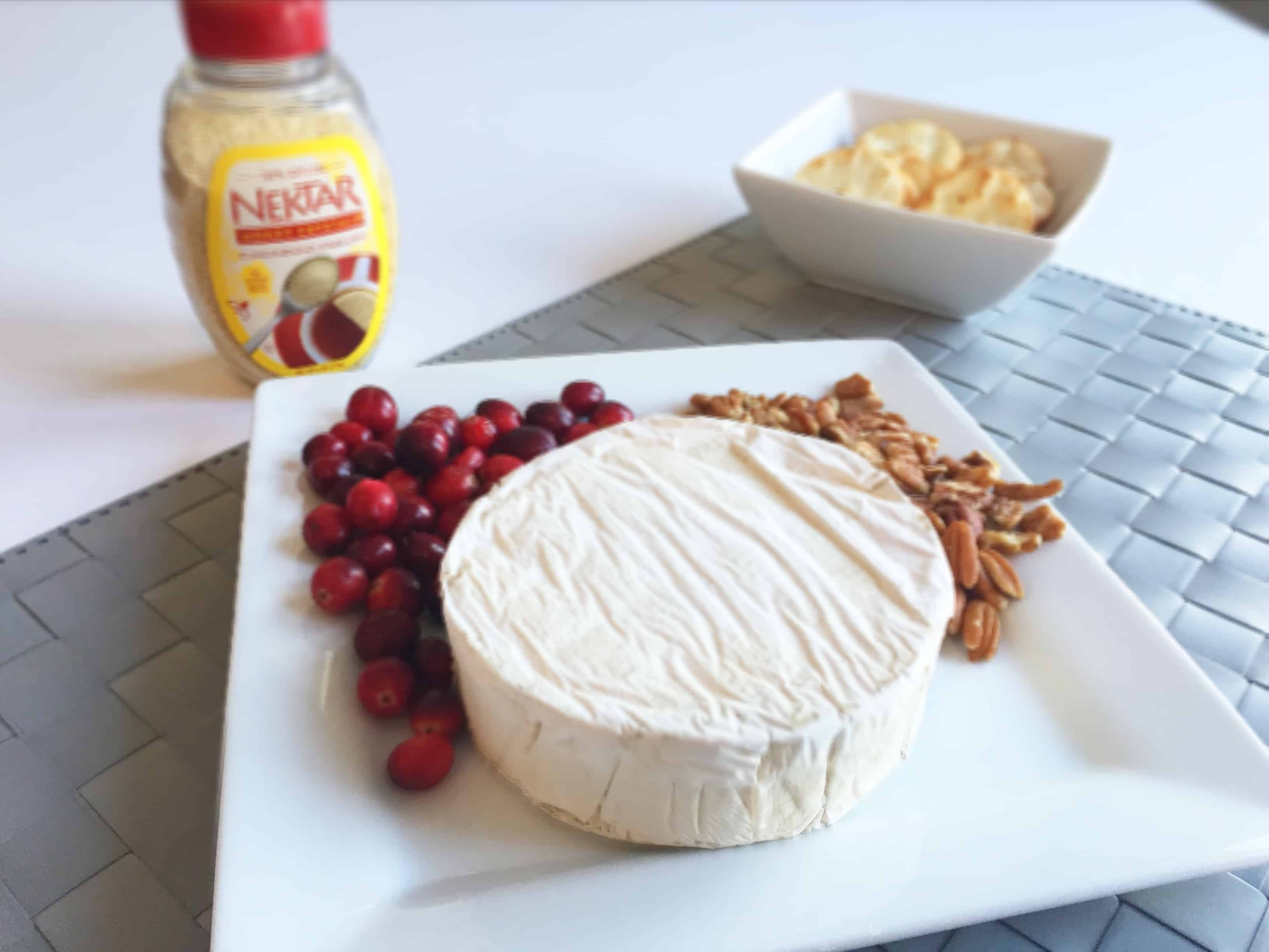 Baked Brie ingredients