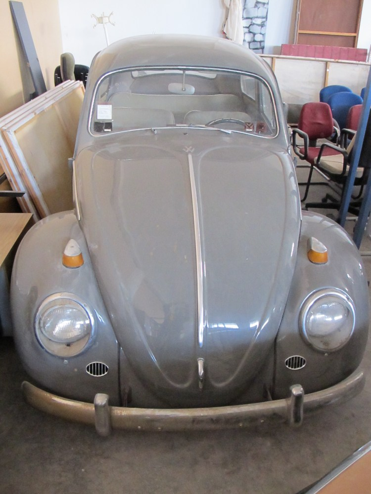 A 1962 VW Beetle joins the 'family' (3/6)