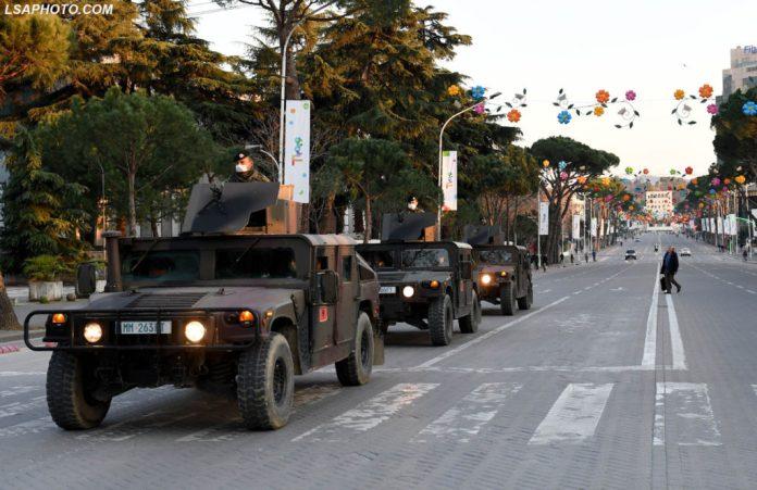 Basha: Pse nxirret ushtria në rrugë, do vrasë virusin me mitraloz?
