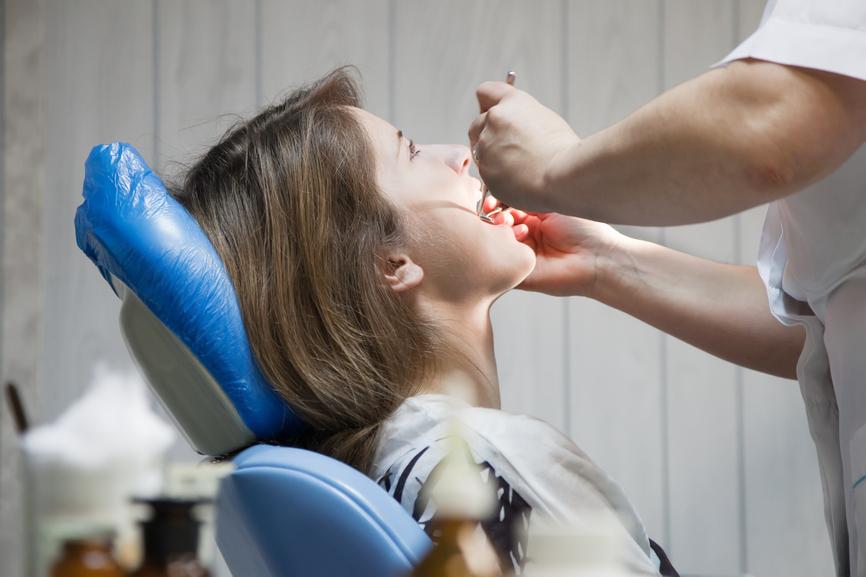 Зуб мудрости у беременной режется. Болит зуб мудрости при беременности что делать