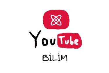 Görselde beyaz arkaplan üzerinde kırmızı bir dikdörtgen kutu içinde atom şekli var. atom şekli, ortada bir nokta ve bu noktanın etrafındaki iki çemberden oluşuyor ve bunlar beyaz. altta YouTube Bilim yazıyor siyah renkte.
