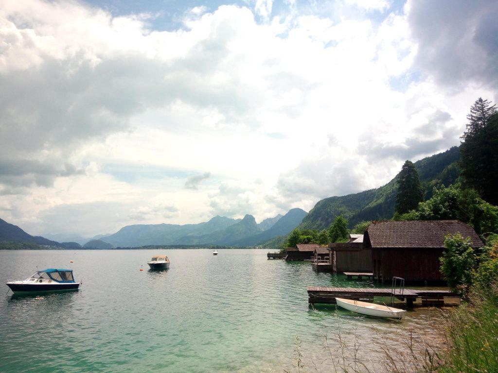 Wolfgangsee Seeufer in Sankt Gilgen