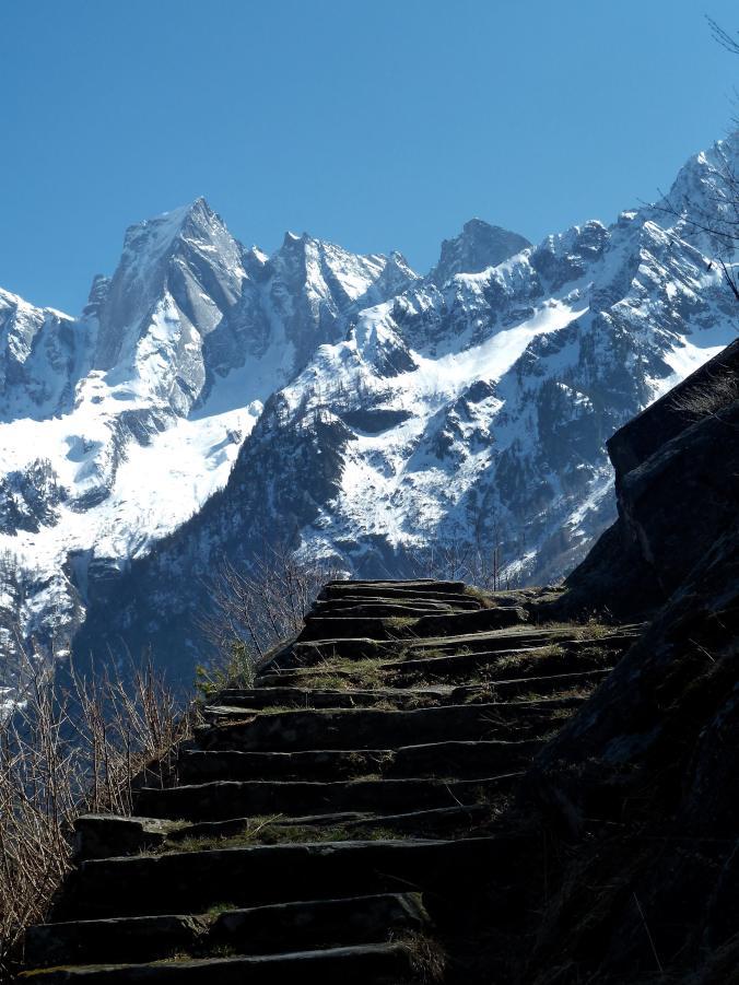 Panoramico als «Stairway to Heaven»: als ob die Stufen direkt auf den Badile führten