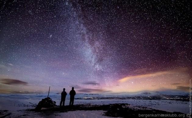 2 Plass Star Gazing av Thor Møller