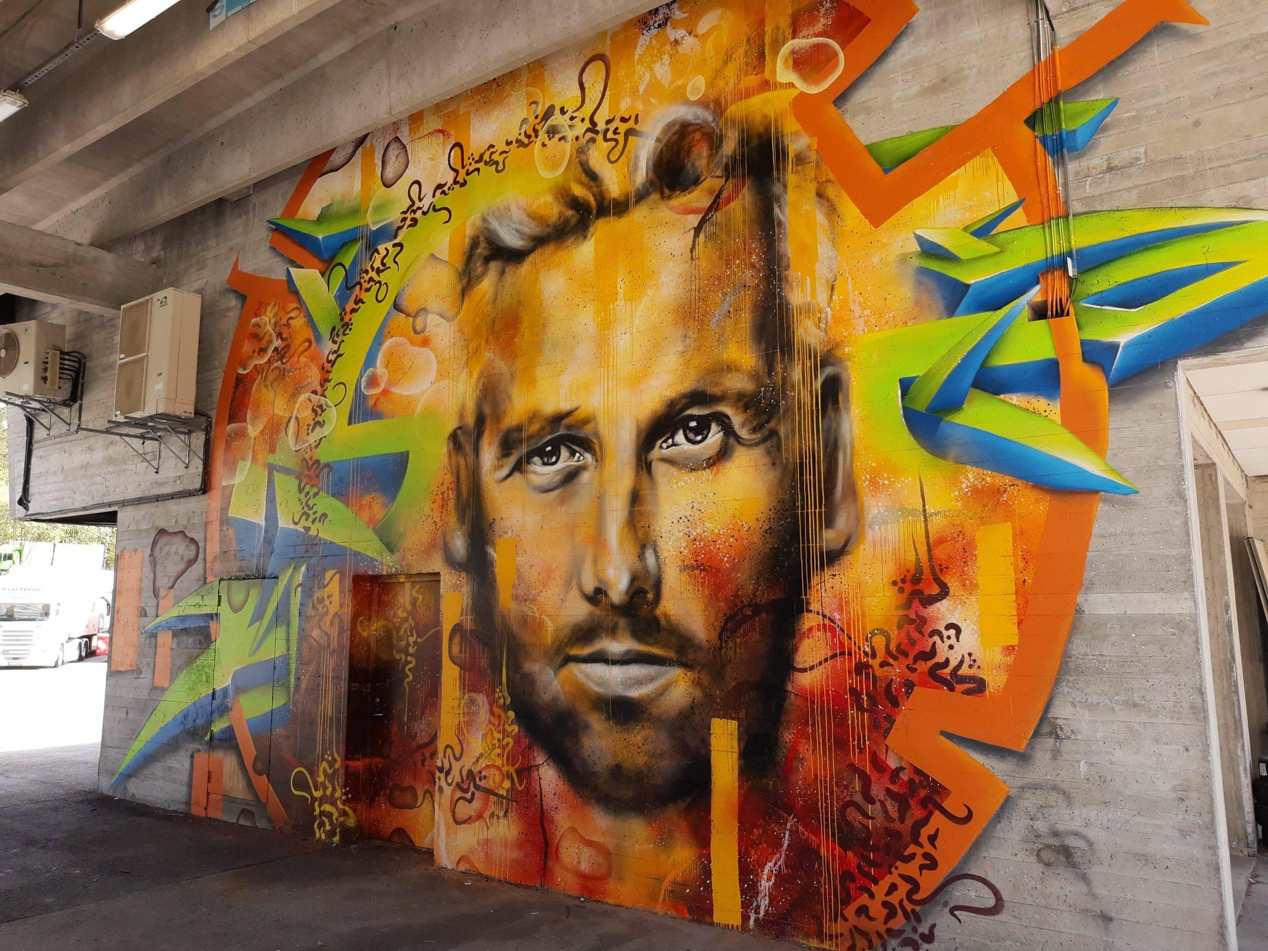 60 kvadratmeter mural av Ari Behn