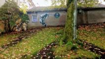 AFK sitt verk i vakre omgivelser i Musehagen UiB