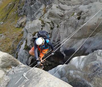 Die Seilbrücke im Kletterpark Pitztal