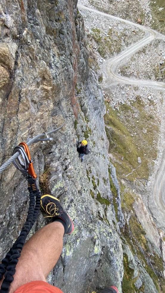 Steil und griffig geht es auf dem Klettersteig nach oben