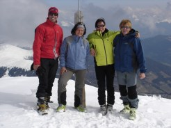 Gipfelkreuz Kleiner Peitlerkofel (2780 m)