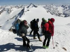 Blick vom Gipfel hinüber zur Marzellspitze