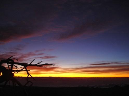Morgenrot beim Aufstieg zum Refugio de Altavista