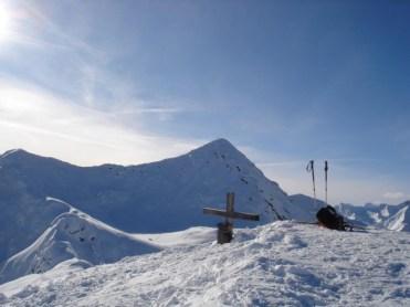 Einacht, links P2376, hinten Hochspitze