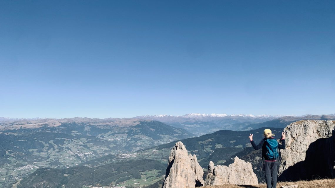 Schlern von Ums, Aufstieg über Hofer Alpl und den Schäufelesteig