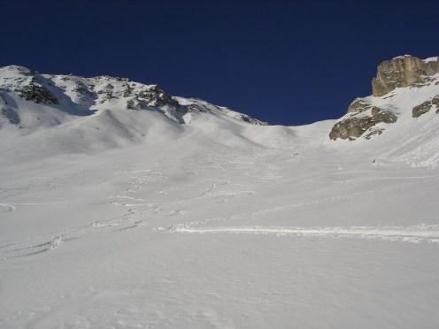 Diesen steilen Hang sind wir heute hinauf